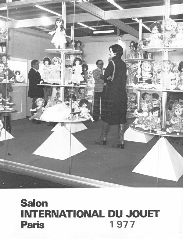 APRES LES 40 ANS DU CERP  VOICI  LES 40 ANS DU DERNIER SALON PETITCOLLIN .1977/2017