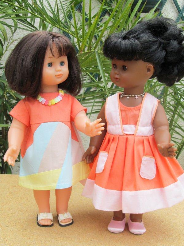 EMILIE ET EMILY EN TENUES D' ANNE FRANCOISE