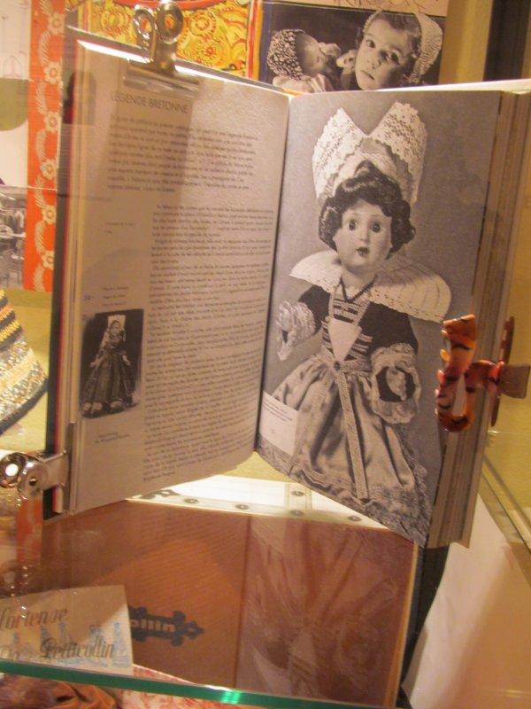 EXPOSITION   DES 60 ANS DE MARIE-FRANCOISE