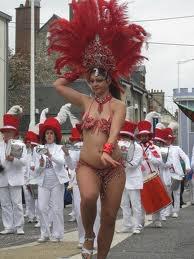 voila une danseuse de samba