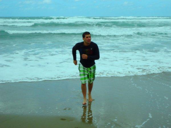photo de 10 mai 2013 à  la plage de petit  paradis AZEFFOUN
