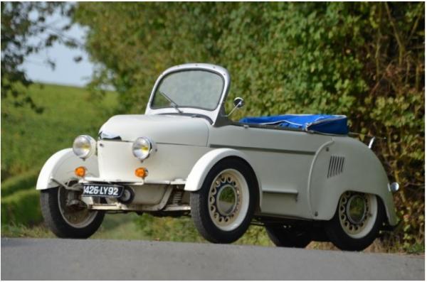 1950 mieux qu'un scooter la voiture REYONNAH A 175 fabrication française PLIANTE,SANS PERMIS