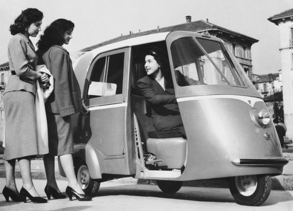 1952 TAXI SCOOTER VESPA A NAPLES