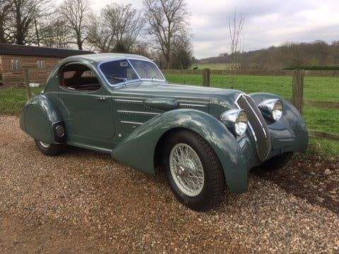 LANCIA Astura coupé de 1935.