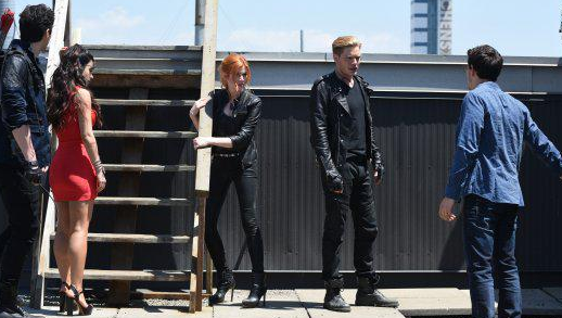 "ShadowHunters - 1x03 - ""Dead Man's Party"""