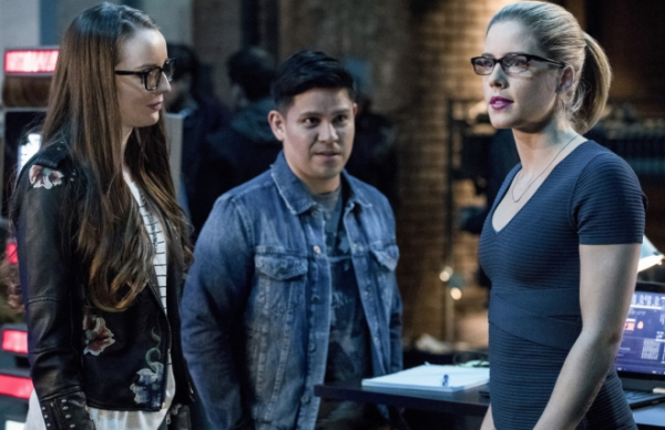 "Arrow - 5x18 - ""Disbanded"""