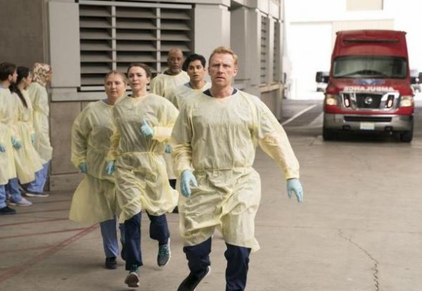 """Grey's Anatomy - 14x07 - """"Who Lives, Who Dies, Who Tells Your Story"""""""