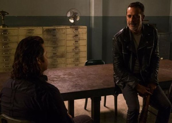 """The Walking Dead - 8x07 - """"Time For After"""""""