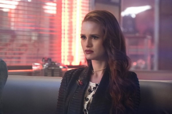 "Riverdale - 2x16 - ""Primary Colors"""