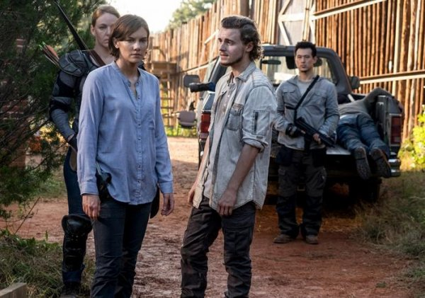 "The Walking Dead - 8x13 - ""Do Not Send Us Astray"""