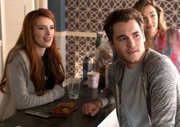 "Famous In Love - 2x01 ""The Players"" - 2x02 ""La La Locked"" - NEW SEASON !"