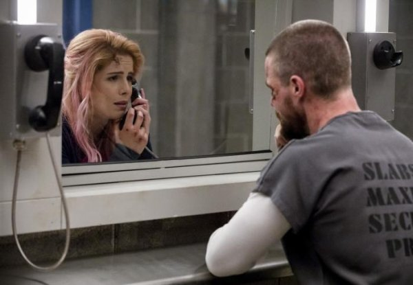 "Arrow - 7x01 - ""Inmate 4587"" - NEW SEASON !"