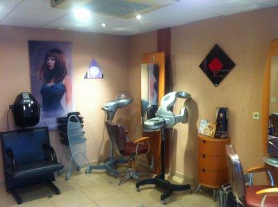 Mes tableaux au salon de coiffure ,PH Création 105,rue de Belfort à Besançon