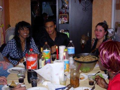 Le repas pour mon anniverssaire avec des amis blog de for Repas pour amis