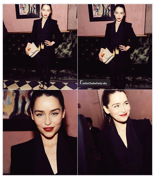 - EVENT : 09.02.13 _____________________ Mercedes-Benz Fashion Week - Altuzarra After PartyEn ce début d'année 2013, Emilia profite pour sortir et a été photographiée assistant à l'after party du défilé Altuzarra pour la fashion week  (elle a porté cette marque plus d'une fois sur les tapis rouge)  ! Toute en glamour, elle avait attaché ses cheveux et arborait une tenue simple noire avec veste et pantalon en cuir sans compter le maquillage tout juste accentué, parfait ! TOP ! Vos avis ?