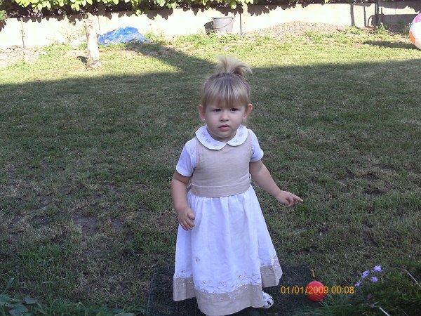 ma fille qui a 19 mois a present