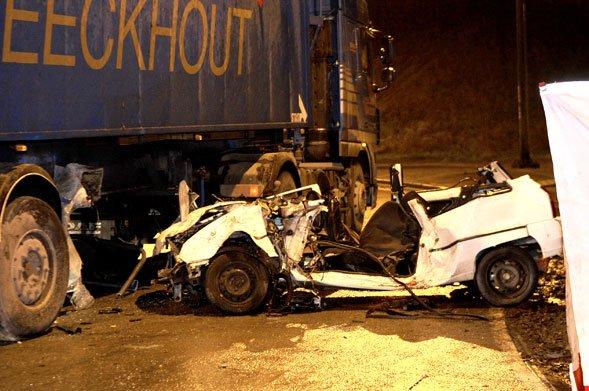 04-08-2011 Sécurité routière : le taux de mortalité en baisse de 21% Le mois de juillet enregistre le taux de mortalité routière le plus faible depuis la création des statistiques mensuelles.
