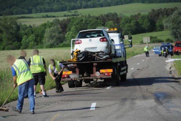 N.A.C.E.R / Nouvelle Association Concernant l éducation Routière Sécurité routière. Bientôt des boîtes noires dans les voitures ?