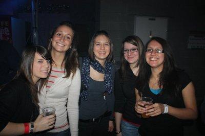 Celine, Mélissa, Emilie, Marie, Caroline