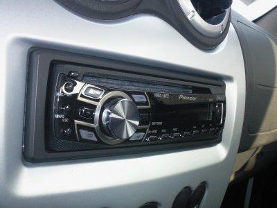 Changement de l'autoradio (Pioneer 7300bt)