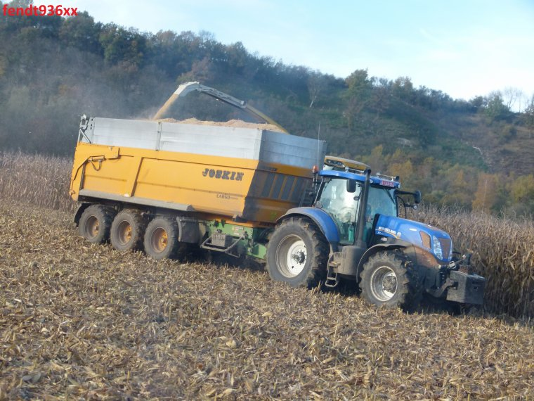 Ensilage maïs MKS en 2014.. (Herens)
