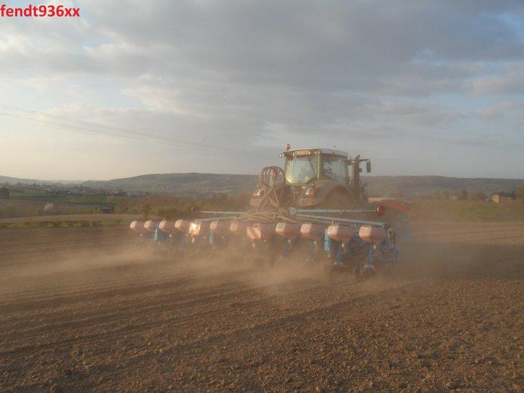 Semis de maïs 015 (Vital Laschet & fils)