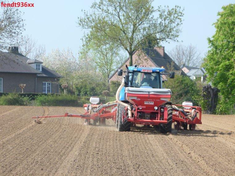 Semis de maïs 015 (Herens)