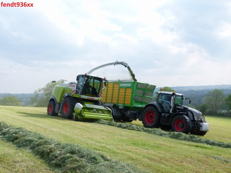 Ensilage d'herbes 015 (X.Schoonbroodt)