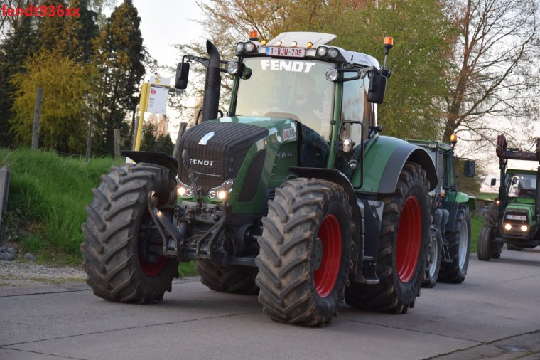 Bénédiction de tracteurs à Mal 2016