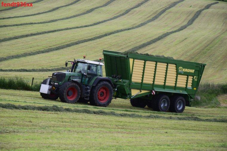 Ensilage d'herbes 016  (X. Schoonbroodt)