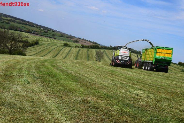 Ensilage d'herbes (X.Schoonbroodt)