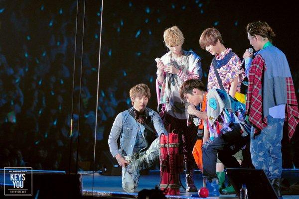 {PHOTOS/VIDEOS/AUDIOS} 120425   Japan Arena Tour à Fukuoka ✰彡