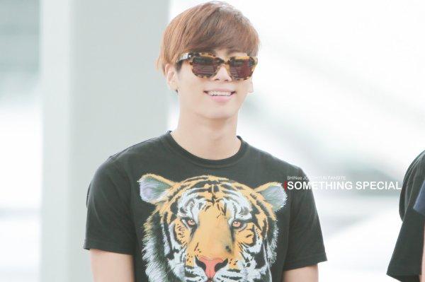 {PHOTOS} 120615 | SHINee @ Incheon Aéroport (Direction Singapour) ✰彡