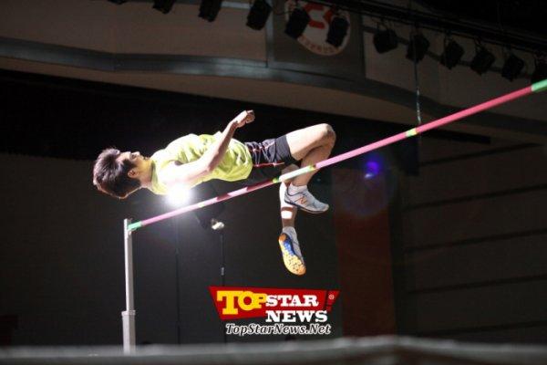 {PHOTOS} 120718 | Minho à l'entrainement de saut en hauteur dans 'To the Beautiful You' ✰彡