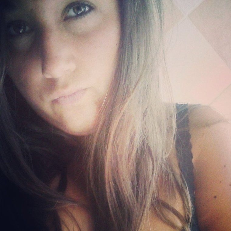 L'imperfection est beauté, la folie est génie et il vaut mieux être totalement ridicule que totalement ennuyeux.