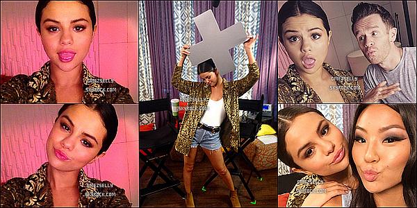 23/06/15 : Selena G.,avec sa beauté surnaturelle a été aperçu quittant son hôtel  - à New York.