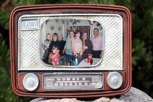CADEAU DE MON AMIE LOULOU1725 merci c'est gentil bisous Anita ET? images offertes par mon amie REBECCADIX