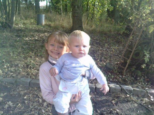 ma soeur doriane et moi