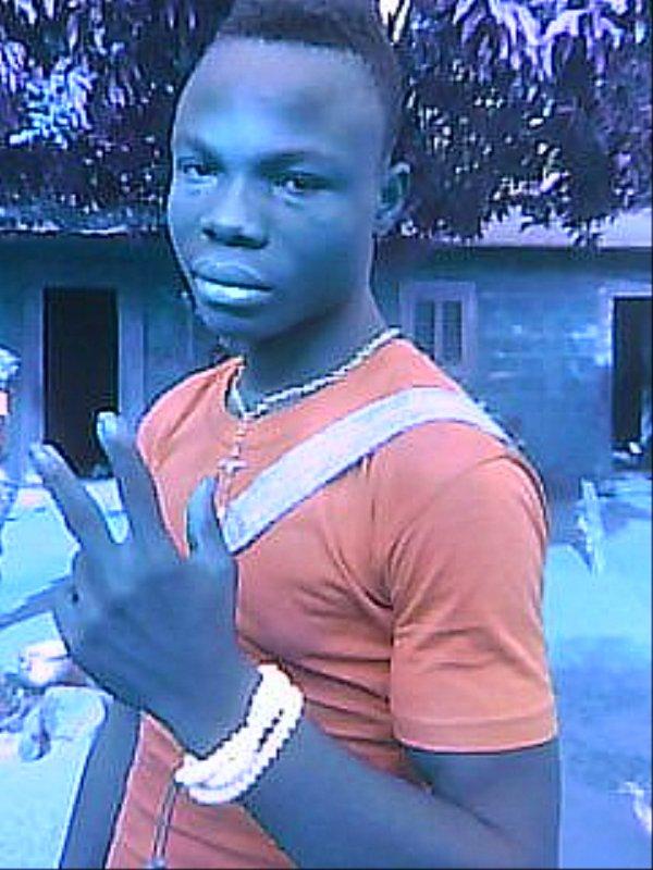 Sa machester Dah Toboko  est un prêtre de FÂ au Bénin, Tindji Adjokan Sèmè. Contacts: +229 96727091 ftoboko@gmail.com . Adresses: Bénin, Tindji, Adjokan sèmè, Tobokohoué. Merci. #sptqdj #dahtoboko