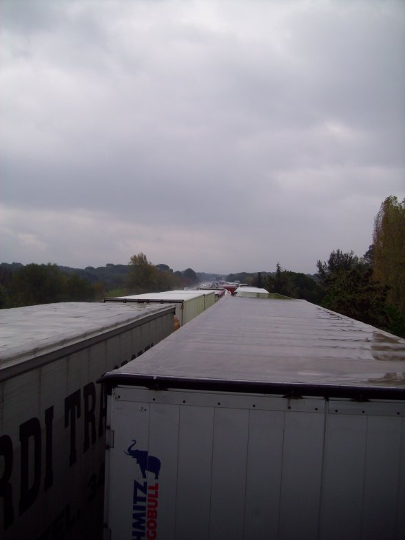 Le G20 c est aussi 1H bloqué sur l autoroute A8 au muy