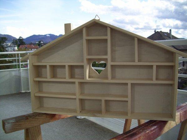 Bricolage du week end pour ma pt Femme une maison pour ces miniatures ça change un peut du camion !