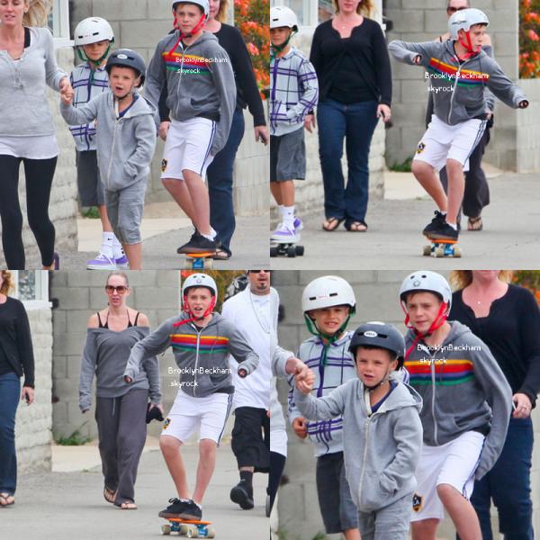 Le 13 Mai 2012, Brooklyn et sa famille se trouver sur une plage à Malibu en Californie pour la fête des mères. Puis ils on fait de skateboard.