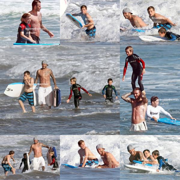 Le Dimanche 21 Aout 2011 et le Samedi 27, les Beckham et les Ramsay se sont offerent une après-midi plage. Sur les photos ont peut y voir Brooklyn, son père et ses deux frères.