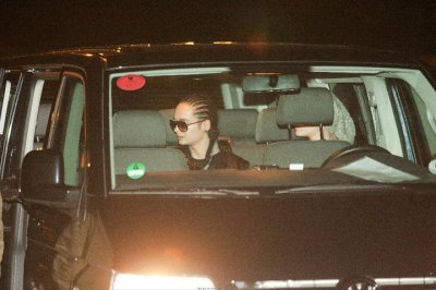Kaulitz Twins move to L.A. - 24.10.2010