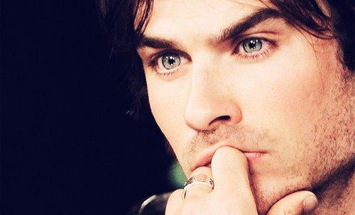 Vampires Diaries ...!