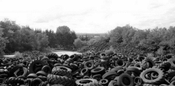 Mon coeur est un chantier, rempli de pneus percés.