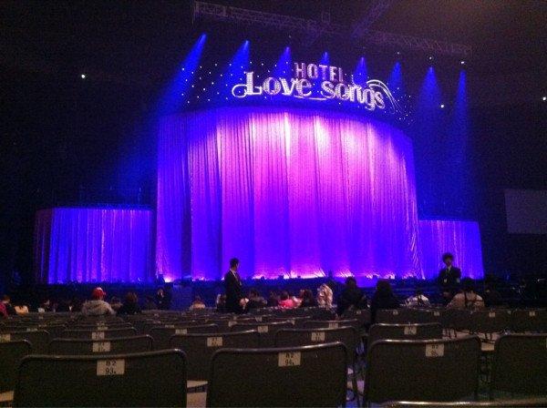 ARENA TOUR 2012
