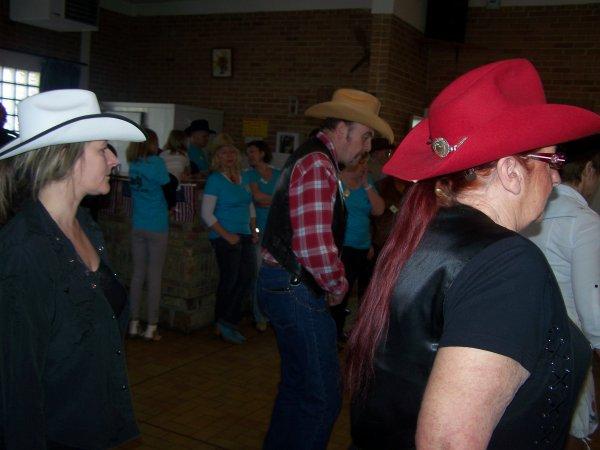 Bal des danses Far West ruesnoise le dimanche 21 avril 2013 à Bermerain