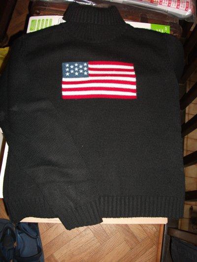 col roulé noir drapeau américain