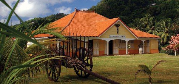 Le rhum Maison La Mauny est un rhum agricole produit à Rivière-Pilote en Martinique